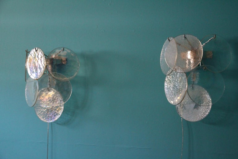 Pair of White Murano Glass Sconces, Iridescent and Pearly Disks For Sale 1