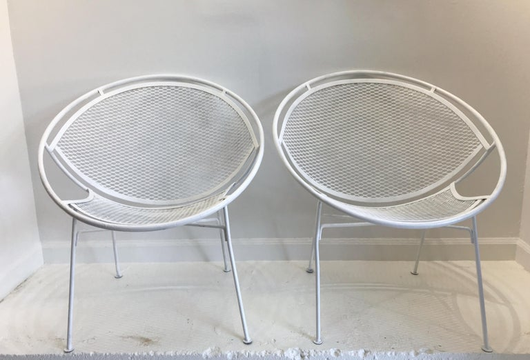 Mid-Century Modern Pair of White Salterini Radar/Hoop Chairs by Maurizio Tempestini, Restored For Sale