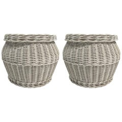 Pair of Wicker Basket Form with Lids
