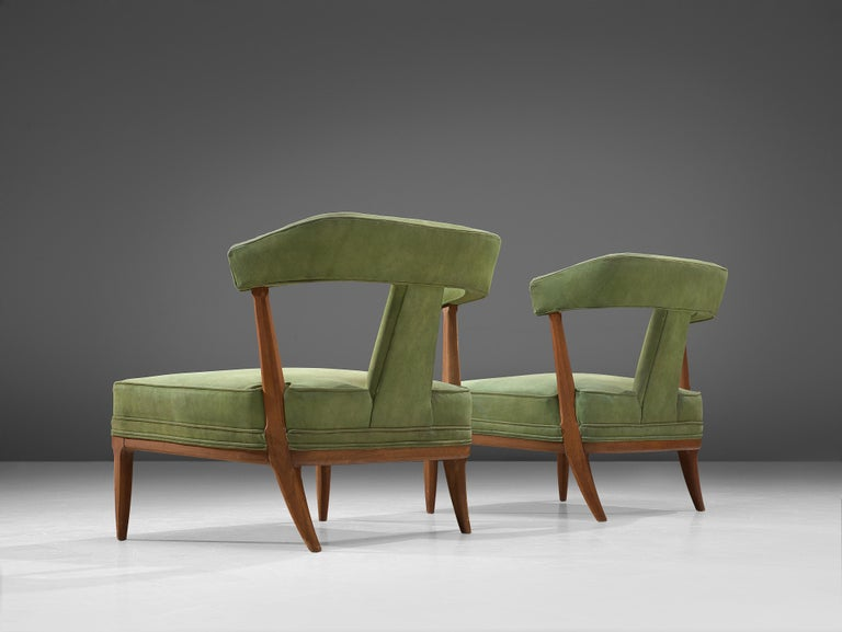 Pair of Wide American Lounge Chairs in Beech and Green Upholstery In Good Condition For Sale In Waalwijk, NL