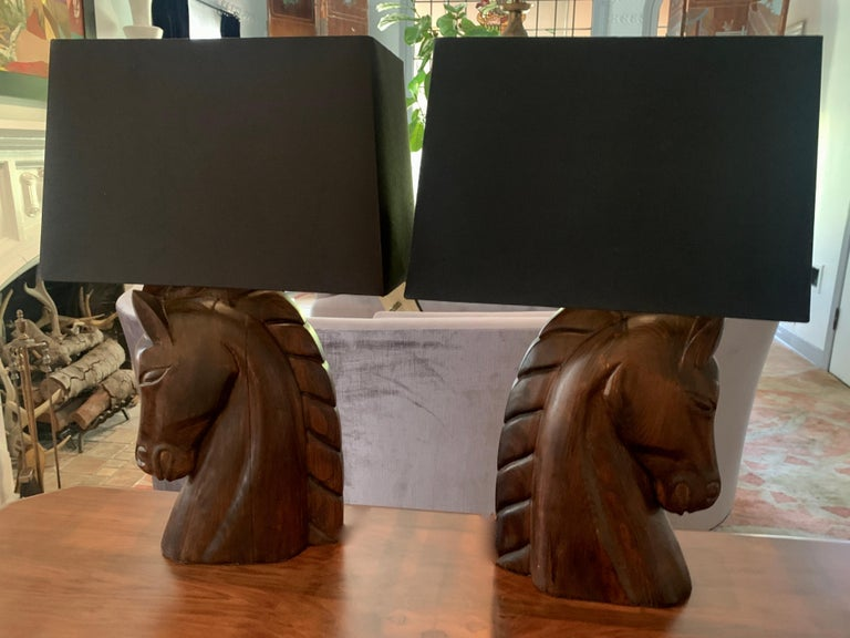 Silk Pair of William Billy Haines Carved Horse Head Lamps For Sale