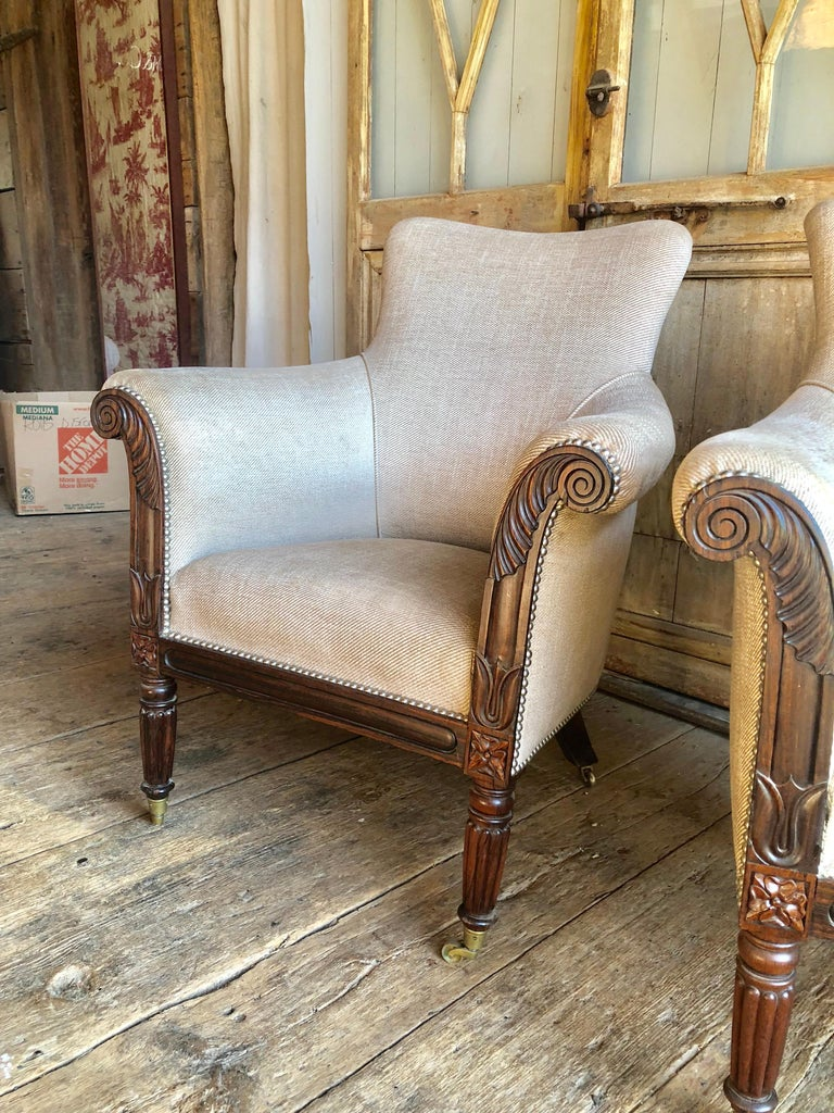 Pair of William IV Rosewood Bergeres, circa 1830 In Good Condition In Doylestown, PA