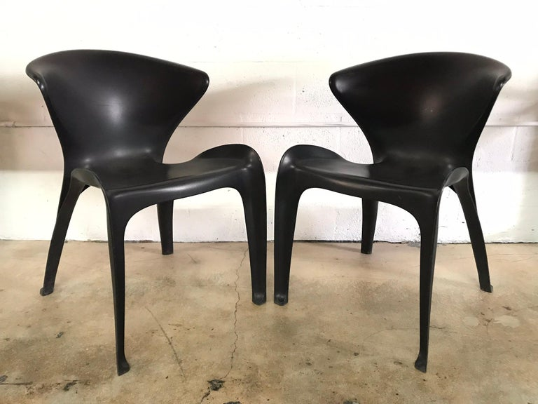 "Pair of William Sawaya ""Calla"" Chairs in Matte Black for Heller, 2002 In Good Condition For Sale In Miami, FL"