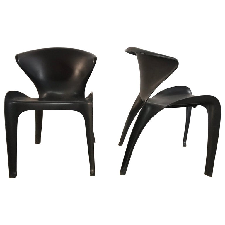 "Pair of William Sawaya ""Calla"" Chairs in Matte Black for Heller, 2002 For Sale"