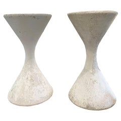 Pair of Willy Guhl 'Diablo' Spindel Hourglass Concrete Planters