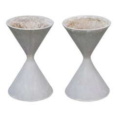 Pair of Willy Guhl for Eternit 'Diablo' Hourglass Concrete Planters, Signed