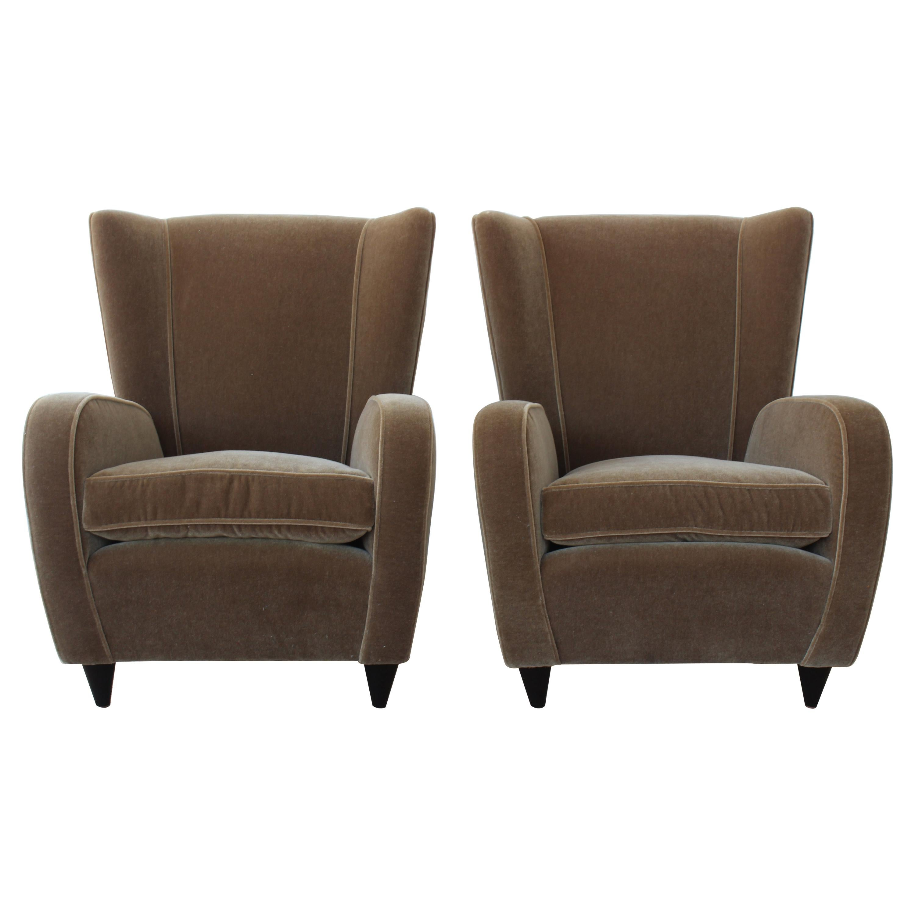 Pair of Wing Chairs by Paolo Buffa, Italy, 1940s