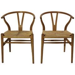 Pair of Wishbone Chairs, in Oak, Model CH24, Hans J. Wegner