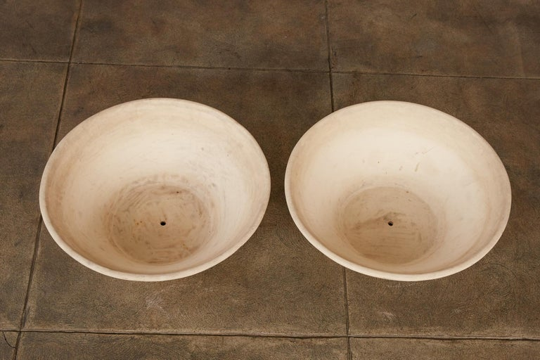20th Century Pair of Wok Planters by Lagardo Tackett for Architectural Pottery For Sale
