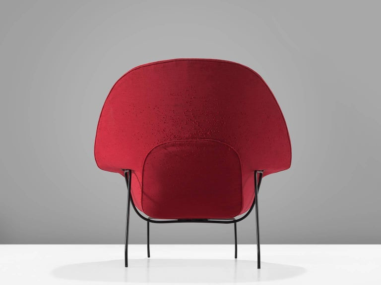 Mid-20th Century Pair of Womb Chairs by Eero Saarinen for Knoll For Sale