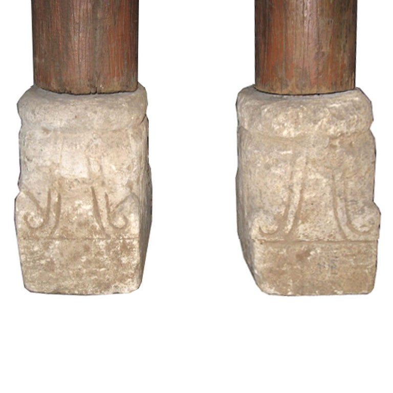Pair of Wood Columns In Good Condition For Sale In San Francisco, CA