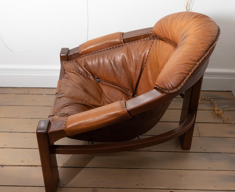 Italian Pair of Wood Frame and Leather Armchairs For Sale
