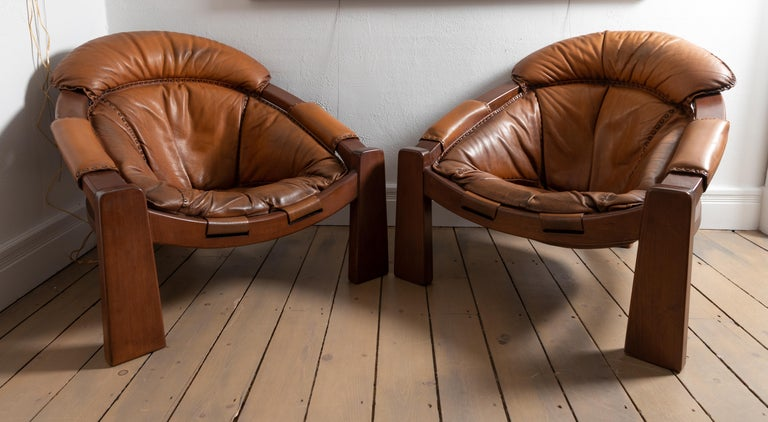 Pair of Wood Frame and Leather Armchairs In Good Condition For Sale In Bridgehampton, NY