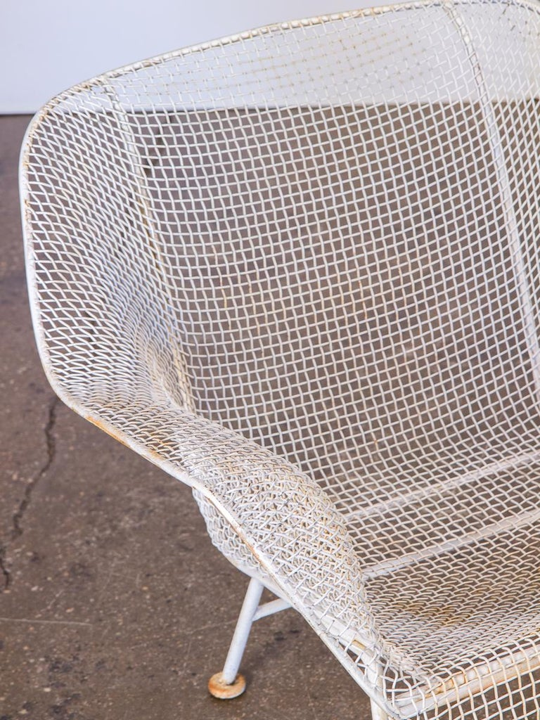 Pair of Woodard Sculptura Garden Lounge Chairs In Good Condition For Sale In Brooklyn, NY
