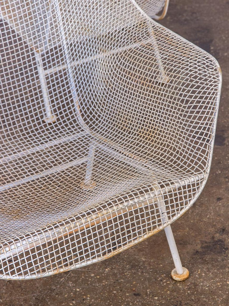 20th Century Pair of Woodard Sculptura Garden Lounge Chairs For Sale