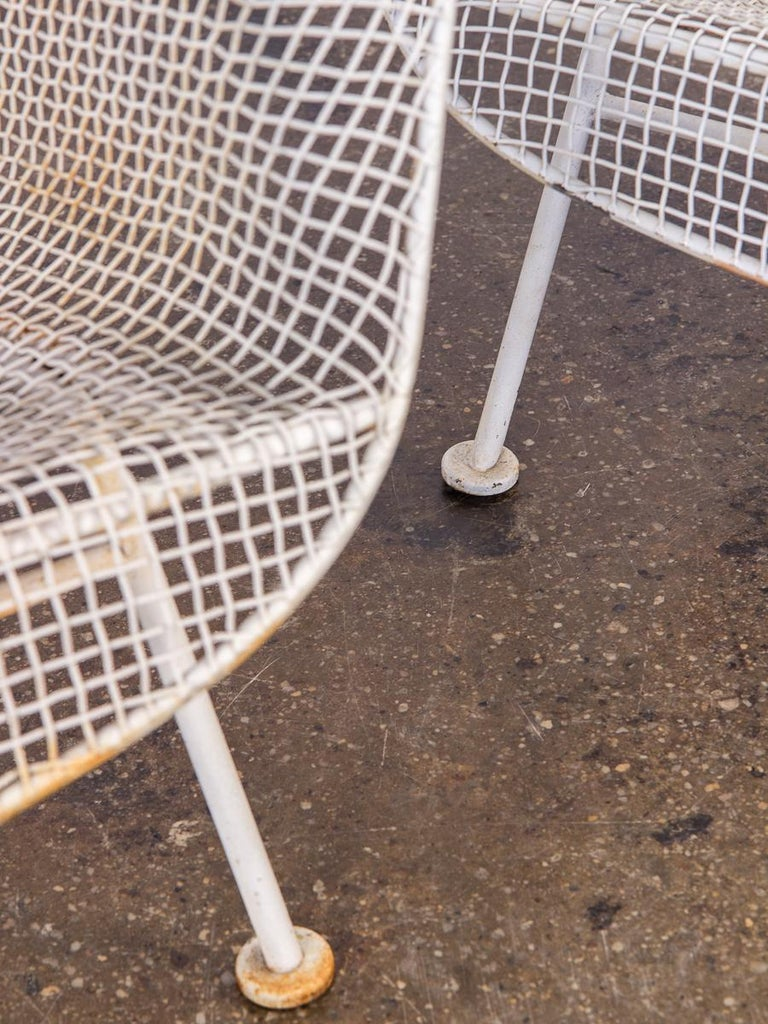 Pair of Woodard Sculptura Garden Lounge Chairs For Sale 2