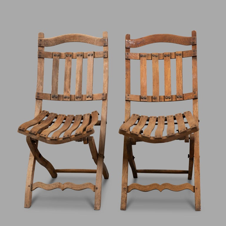 French Pair of Wooden Folding Chairs, circa 1900 For Sale