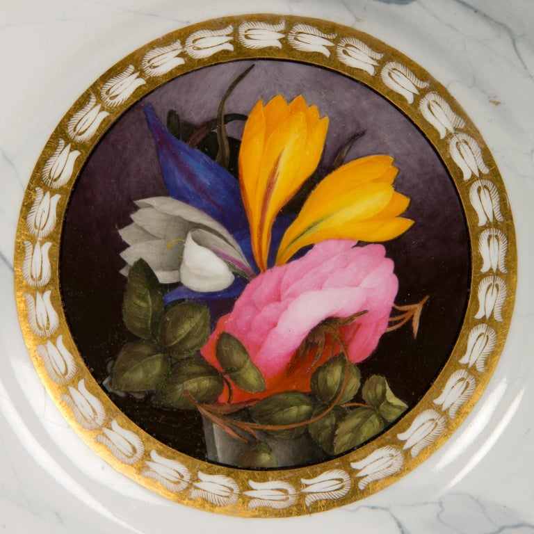 Painted Pair of Worcester Marbled Plates with Flowers Made in England circa 1810 For Sale