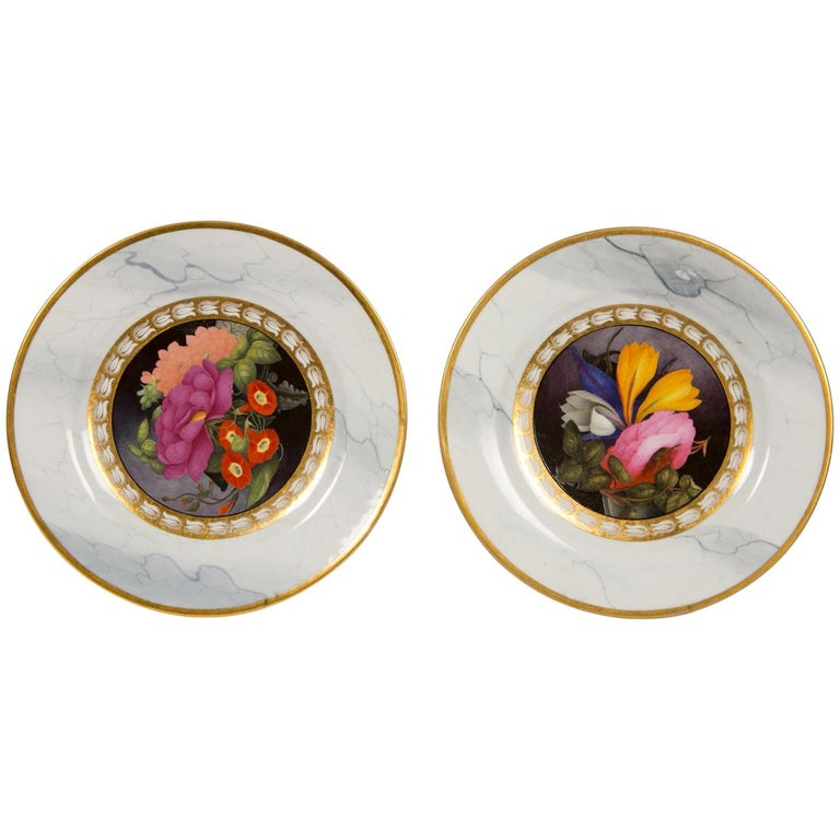 Pair of Worcester Marbled Plates with Flowers Made in England circa 1810 For Sale