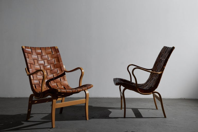 Swedish Pair of Woven Leather Eva Chairs by Bruno Mathsson For Sale