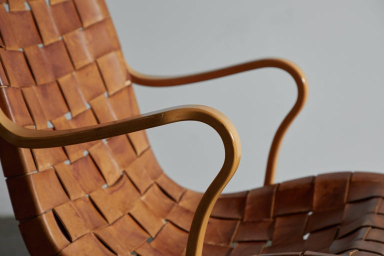 Pair of Woven Leather Eva Chairs by Bruno Mathsson For Sale 3