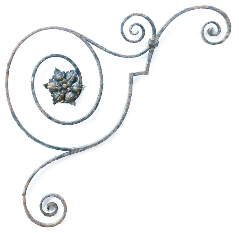 Victorian Pair of Wrought Iron Brackets For Sale