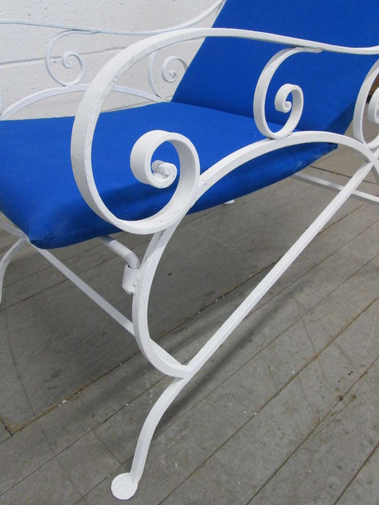 Mid-20th Century Pair of Wrought Iron Lounge Chairs For Sale