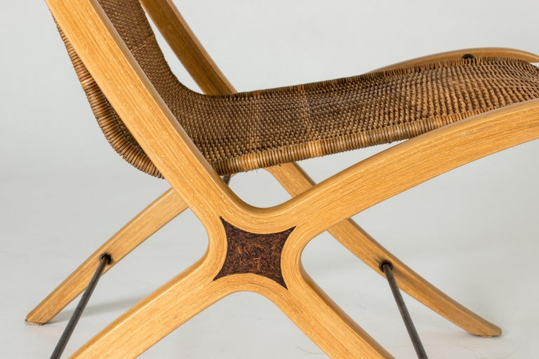 """Pair of """"X"""" lounge chairs by Peter Hvidt and Orla Møllgaard For Sale 1"""
