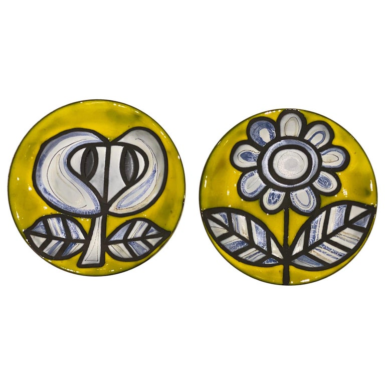 Pair of Yellow Ceramic Plates Signed Roger Capron Vallauris, 1958