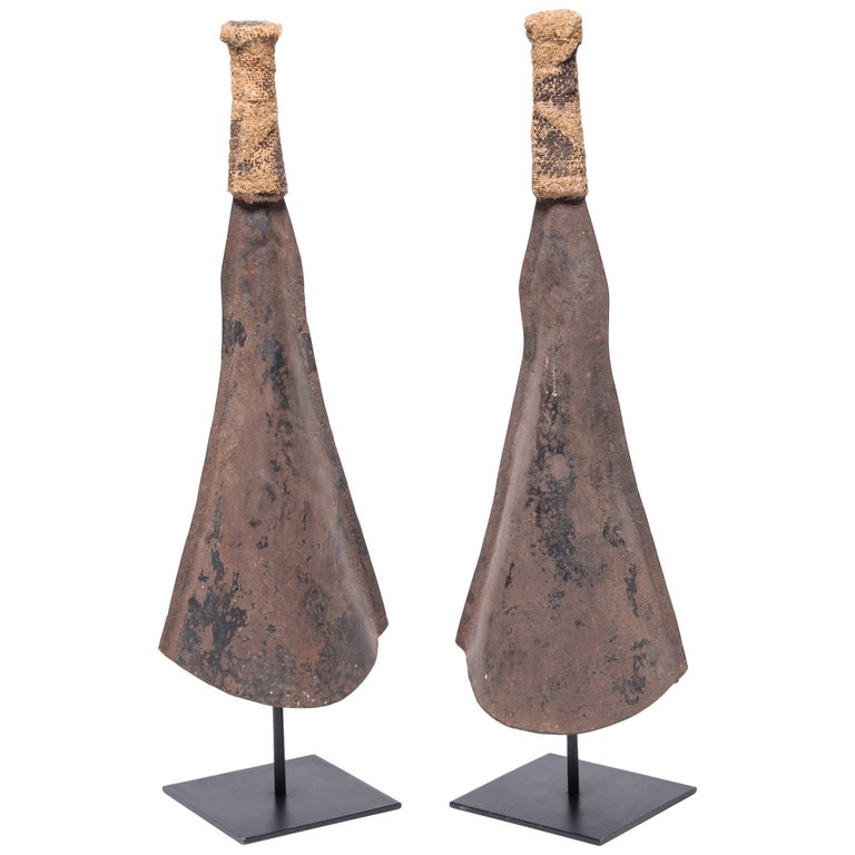 pair of yoruban currency gongs for sale at 1stdibs. Black Bedroom Furniture Sets. Home Design Ideas