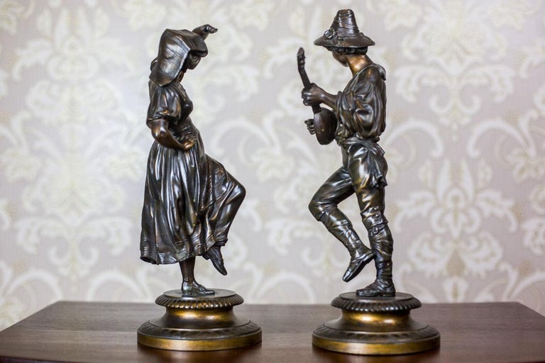 European Pair of Zamak Figurines from the 1930s For Sale