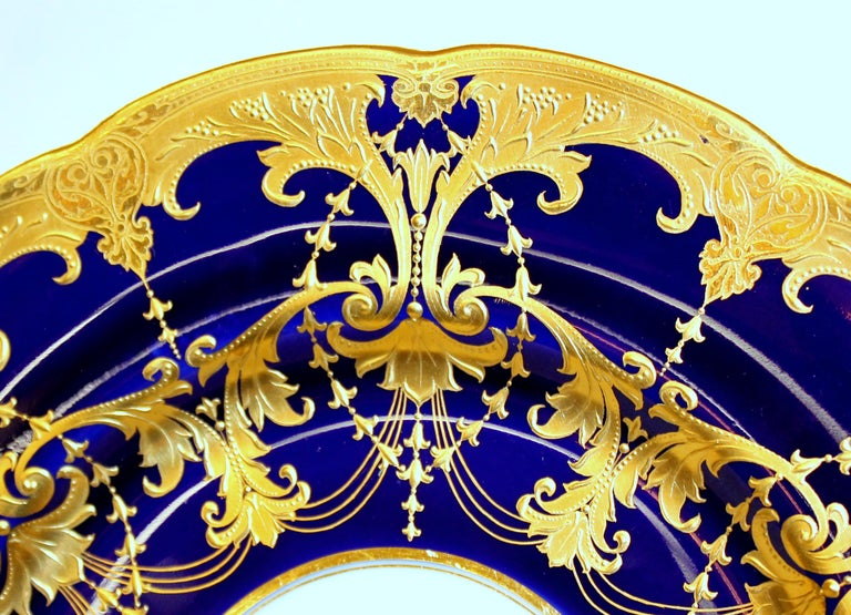 Pair of Old Minton Hand Gilt and Cobalt Porcelain Cabinet Plates For Sale 5