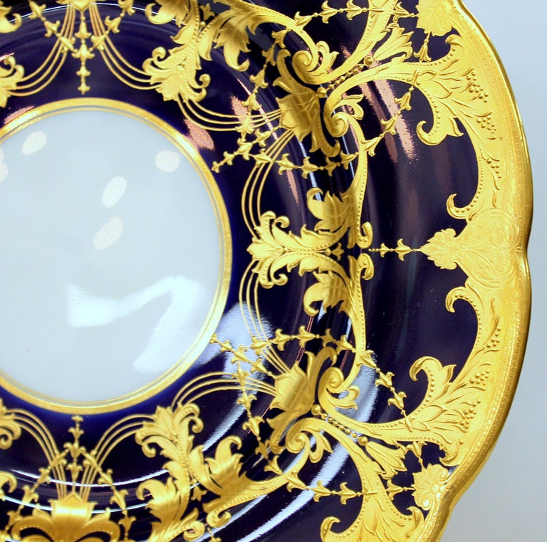 Pair of Old Minton Hand Gilt and Cobalt Porcelain Cabinet Plates For Sale 6