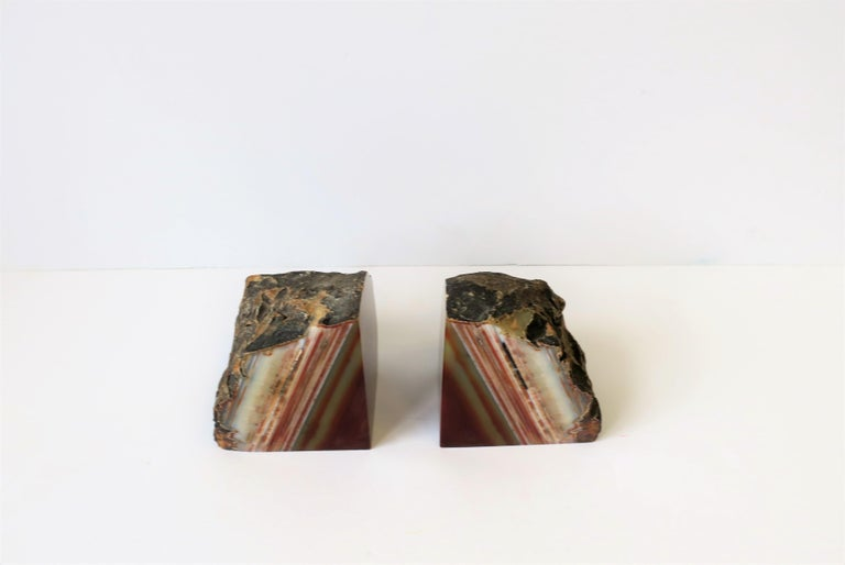 Pair Burgundy Red Onyx Marble Bookends, ca. 1970s For Sale 1
