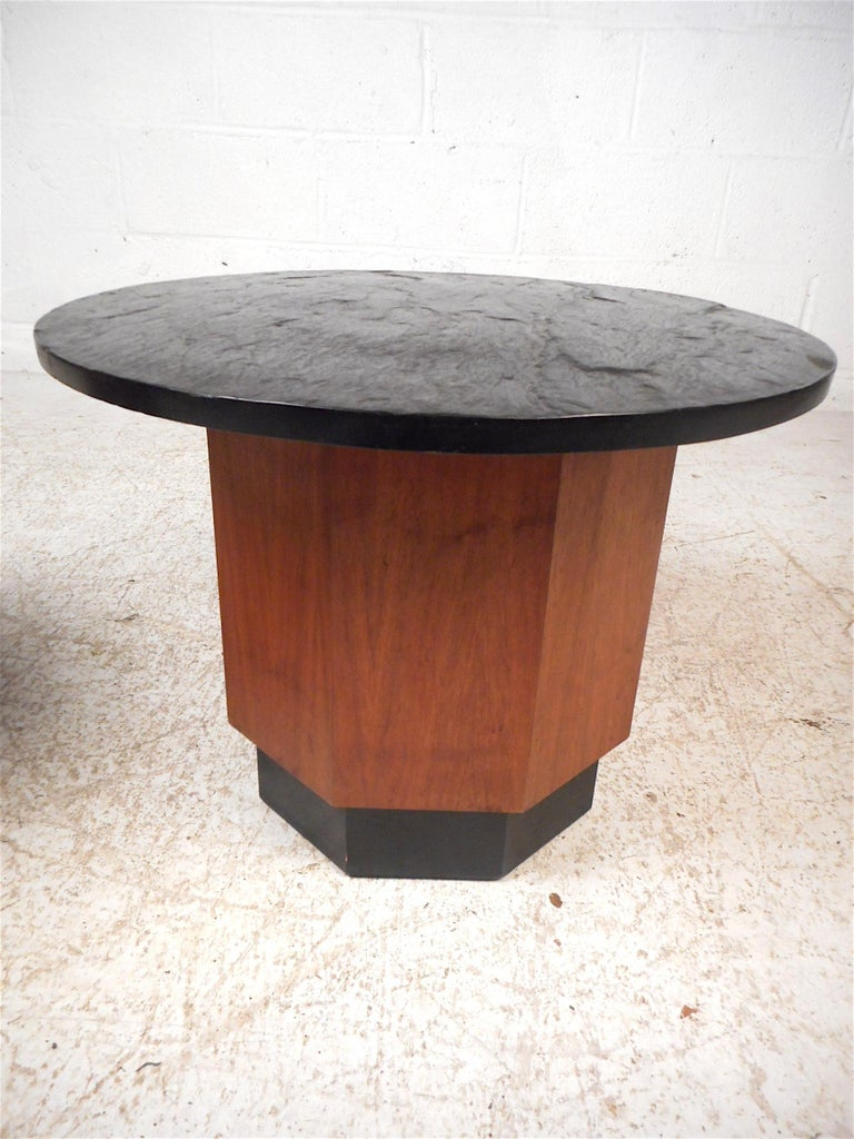 Pair of Petite Midcentury Slate Top Tables after Fred Kemp In Good Condition For Sale In Brooklyn, NY