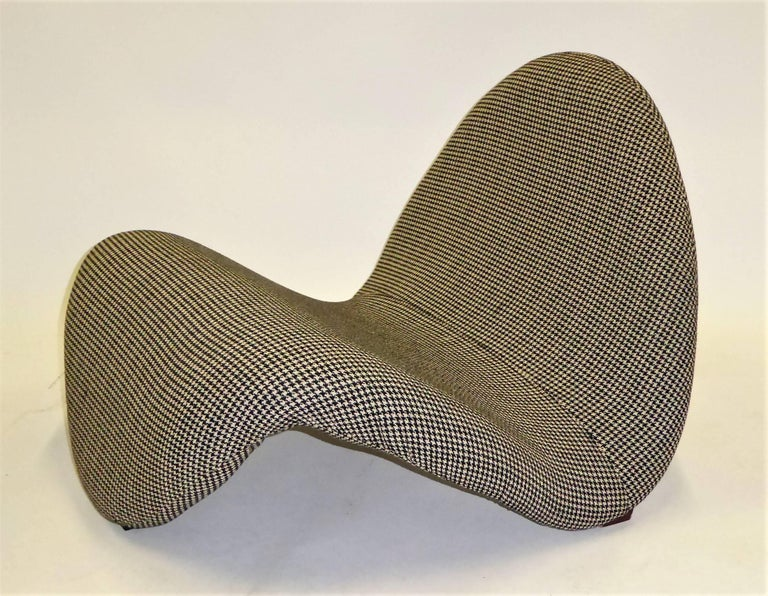 Pair of Pierre Paulin Space Age Tongue Chairs for Artifort 1960s in Houndstooth For Sale 4