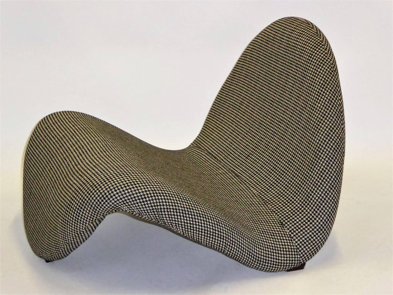 Dutch Pair of Pierre Paulin Space Age Tongue Chairs for Artifort 1960s in Houndstooth For Sale