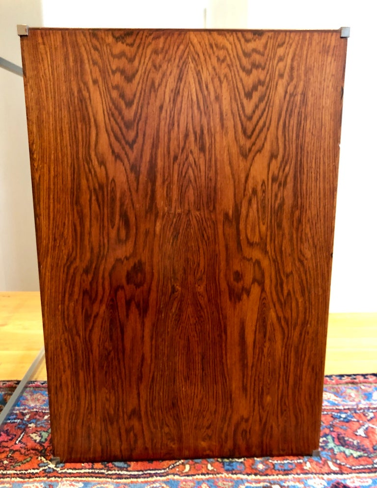 Pair of Rosewood and Aluminum Sidetables by Luxus For Sale 3