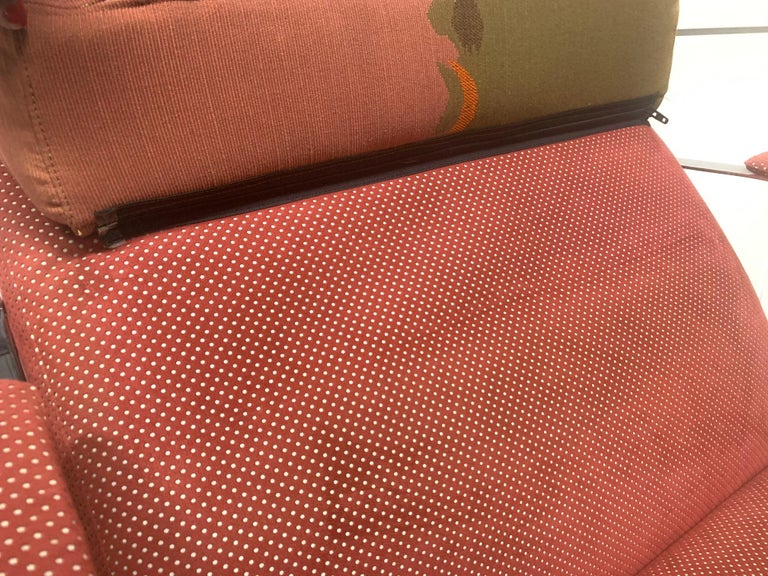 Upholstery Pair of Saporiti Lounge Chairs For Sale