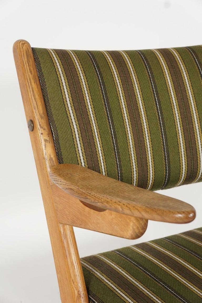 Scandinavian Modern Scissor or Sawbuck Armchairs in Manner of Hans Wegner, Pair For Sale 2