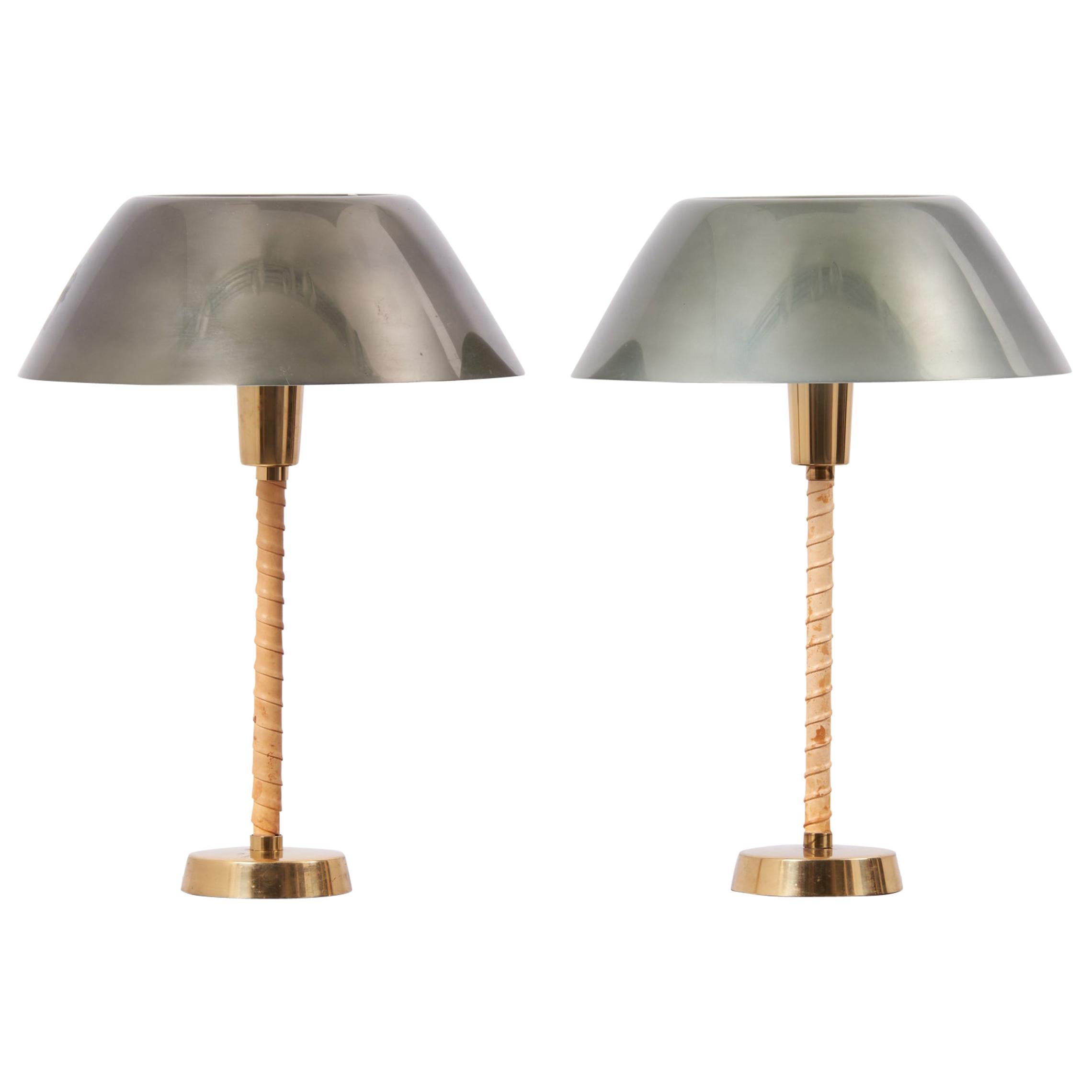 Senator Table Lamp