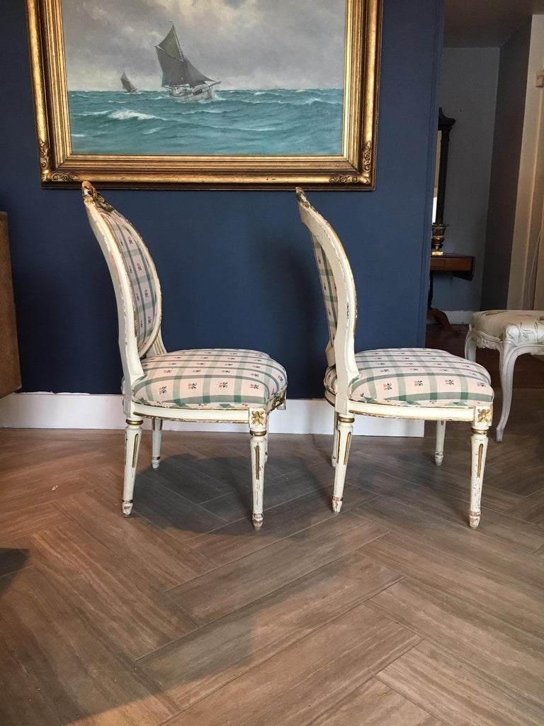 Pair Swedish 19th Century Gustavian style Parcel Gilt Side Chairs In Good Condition For Sale In Cold Spring, NY