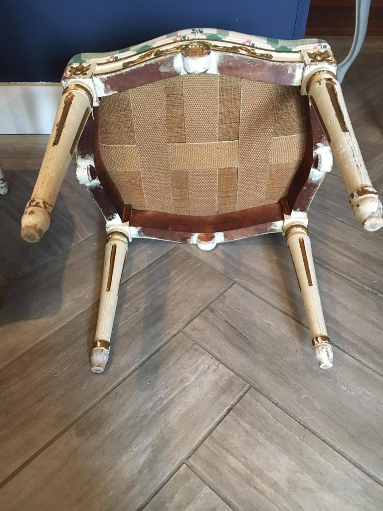 Carved Pair of Swedish 19th Century Gustavian Style Parcel Gilt Stools For Sale