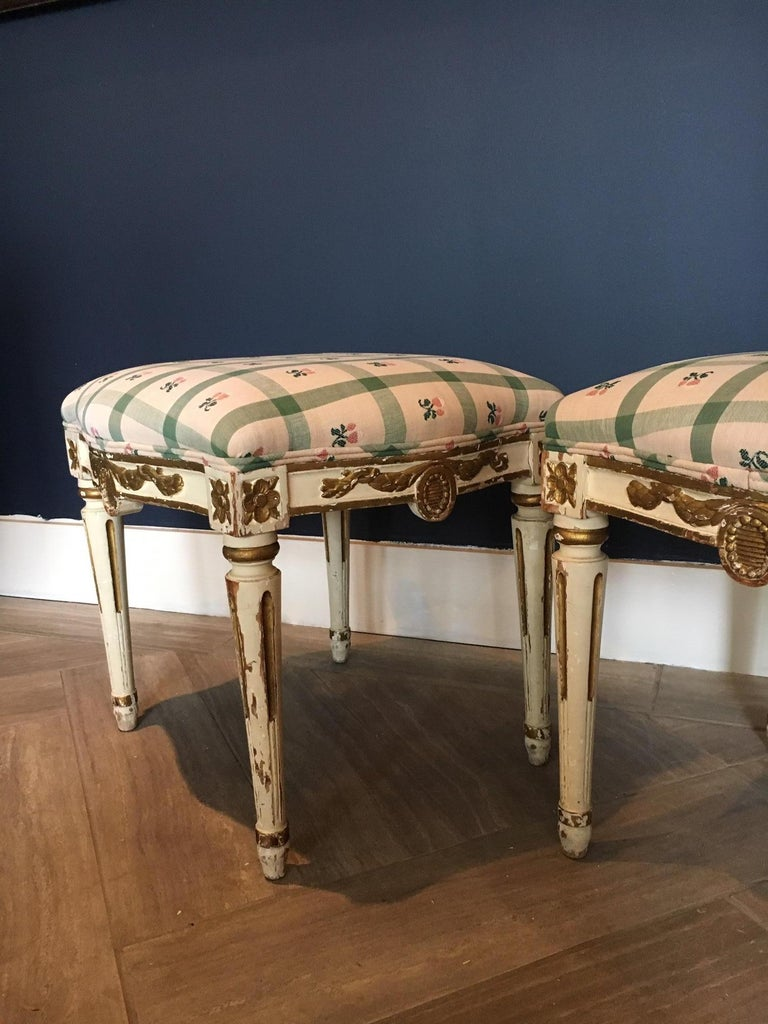 Pair of Swedish 19th Century Gustavian Style Parcel Gilt Stools For Sale 1