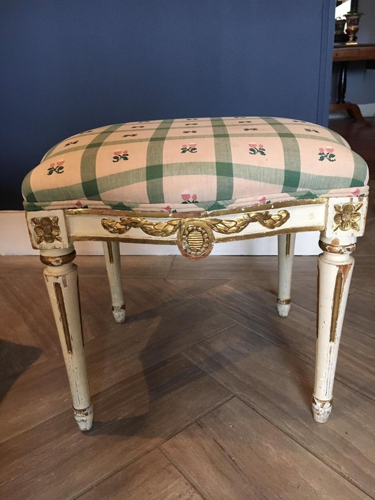 Pair of Swedish 19th Century Gustavian Style Parcel Gilt Stools For Sale 4