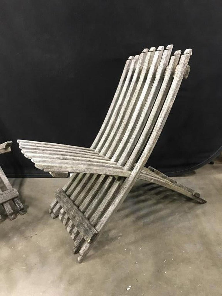 20th Century Pair of Teak Wood Folding Lounging Deck Chairs For Sale