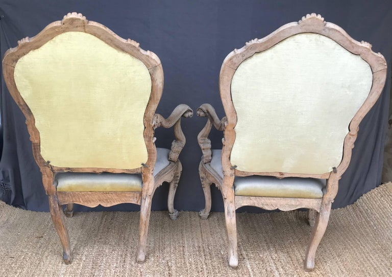 Hand-Carved Pair Venetian Louis XV Armchairs For Sale