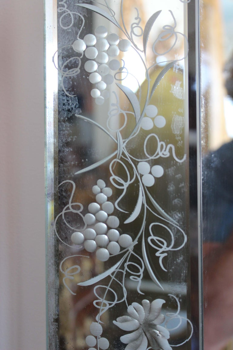 Pair of Venetian Mirror In Good Condition For Sale In Palm Beach, FL