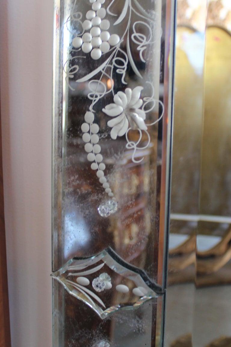 20th Century Pair of Venetian Mirror For Sale