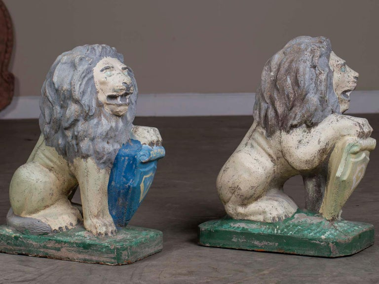 Pair of Vintage English French Garden Ornament Cast Stone Lions, circa 1930 For Sale 6